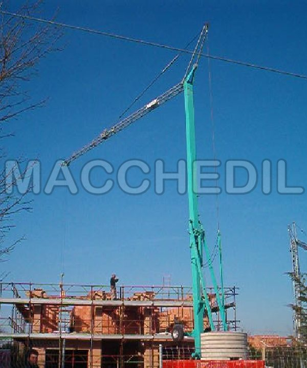 Gru a torre per edilizia Cattaneo - CM73 Usata - Matr. 02/200260/MN